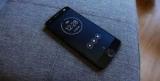 Экран смартфона Moto Z2 Force можно поцарапать даже ногтем