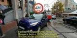 У Києві автохам з дипломатичними номерами перекрив трамвайний рух