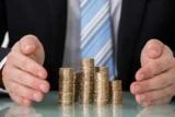 Середня зарплата в Україні за місяць зросла на 1,4%