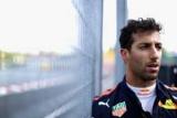 Рикардо признается в качестве пилотного проекта один день на Гран-при Венгрии