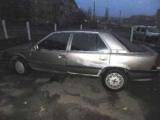 У Києві затримали хлопців, штовхали викрадену машину