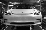 Маск показав виробництво Tesla Model 3