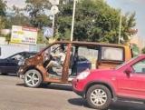 В Киеве заметили один странный Volkswagen T6 без окон и дверей