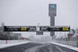 Трасса в Барселоне снегом замело, начало третьего дня тестов отложено