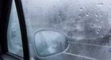 Стоит ли бороться с запотеванием стекол в машине народными лайфхаками
